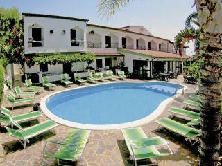 Urlaub Ricadi im Hotel Marinella