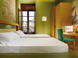 Urlaub Neapel im Unahotels Napoli