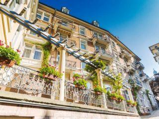 Baden-Baden im HELIOPARK Bad Hotel zum Hirsch