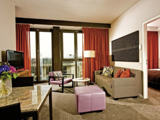 Urlaub Frankfurt am Main im Adina Apartment Hotel Frankfurt Neue Oper