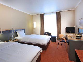 Leverkusen im Lindner Hotel BayArena