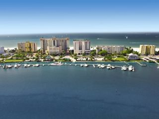 Fort Myers im Pink Shell Beach Resort & Marina