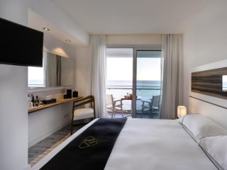Urlaub Larnaka im The Ciao Stelio Deluxe Hotel