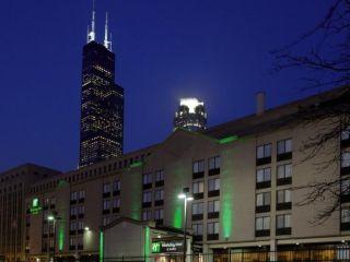 Urlaub Chicago im Holiday Inn & Suites Chicago - Downtown