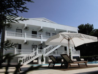 Urlaub Prinos im Kazaviti Hotel & Apartments