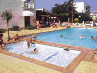 Urlaub Pineda de Mar im Sorrabona Hotel