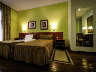 Urlaub Ponta Delgada im Hotel dos Camoes