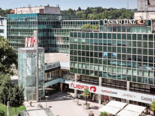 Linz im Austria Trend Hotel Schillerpark