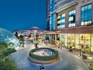 Urlaub Beirut im Hilton Beirut Habtoor Grand