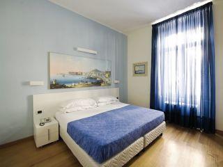 Urlaub Neapel im Hotel Rex
