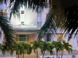 Miami Beach im Cadillac Hotel & Beach Club Autograph Collection