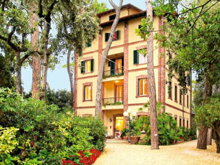 Urlaub Marina di Pietrasanta im Hotel Villa Tiziana