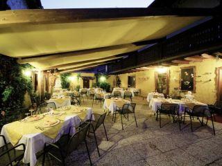 Urlaub Manerba del Garda im Hotel Borgo dei Poeti Wellness Resort