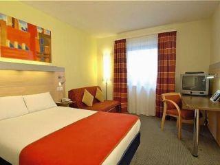 Urlaub London im Holiday Inn Express London - Croydon