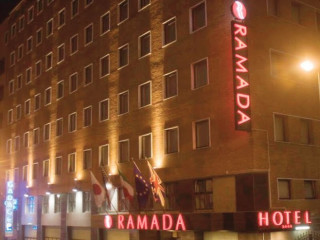 Neapel im Hotel Ramada Naples