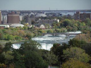 Urlaub Niagara Falls im DoubleTree Fallsview Resort & Spa by Hilton - Niagara Falls