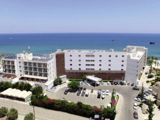 Urlaub Protaras im Pernera Beach Hotel