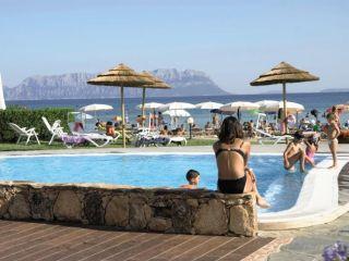 Urlaub Golfo Aranci im Hotel Resort & SPA Baia Caddinas