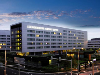 Schiphol im Steigenberger Airport Hotel Amsterdam