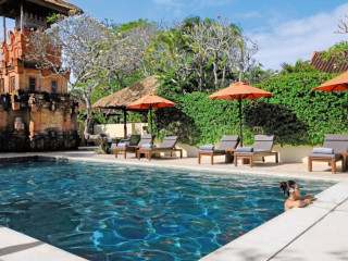 Urlaub Sanur im The Pavilions Bali
