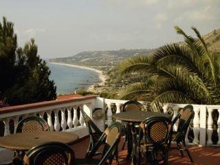 Urlaub Parghelia im Hotel Santa Lucia
