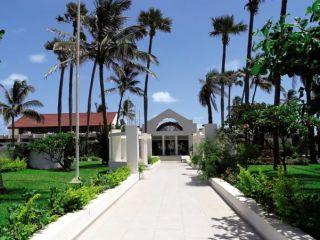 Urlaub Bakau im Sunbeach Hotel & Resort