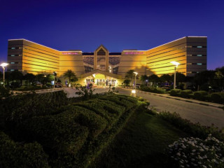 Urlaub Al Ain im Mercure Grand Jebel Hafeet Al Ain Hotel