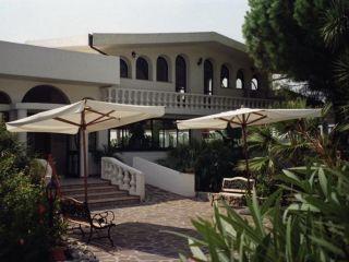 Urlaub Capo Vaticano im Hotel Villaggio Pineta Petto Bianco