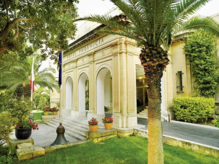 Urlaub Floriana im The Phoenicia Malta