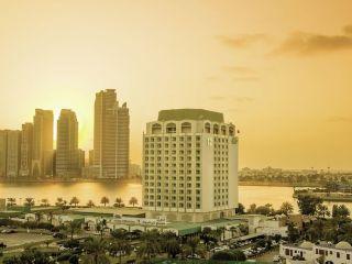 Urlaub Sharjah im Hotel Holiday International