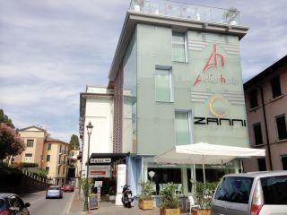 Urlaub Gardone Riviera im Atelier Hotel Design