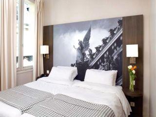 Paris im Victoria