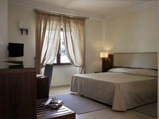 Pozzuoli im Best Western Suites & Residence Hotel