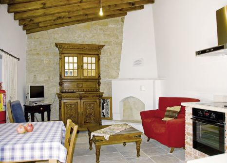 Hotelzimmer mit Mountainbike im Cyprus Villages Traditional Houses