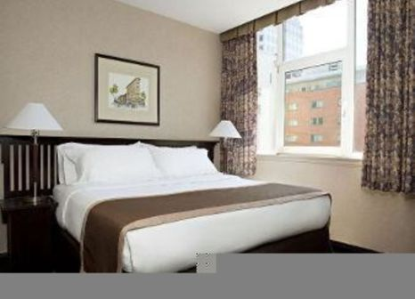 Hotelzimmer mit Fitness im Ramada Limited Downtown Vancouver