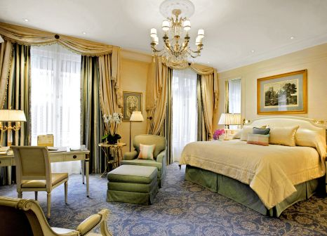 Hotelzimmer mit Animationsprogramm im Four Seasons Hotel George V