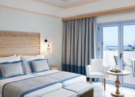 Hotelzimmer mit Volleyball im Mitsis Rodos Village Beach Hotel & Spa