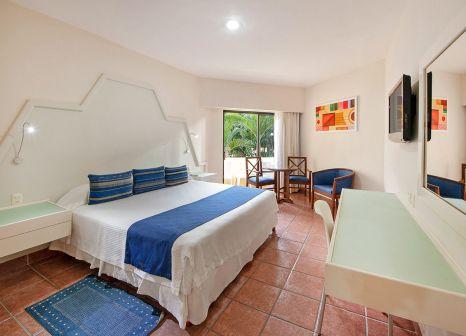 Hotelzimmer mit Volleyball im Viva Wyndham Maya Resort