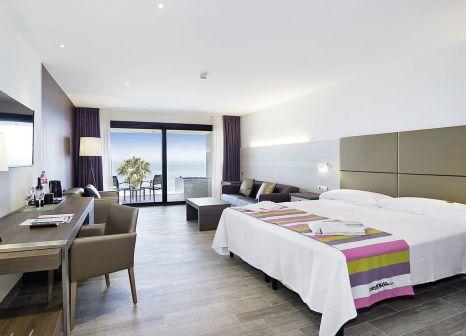 Hotelzimmer mit Minigolf im Hotel Pez Espada