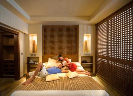 Hotelzimmer mit Mountainbike im Grand Waterworld Makadi