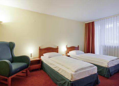 Hotelzimmer mit Aerobic im AZIMUT Hotel Nürnberg