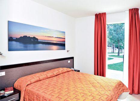 Hotelzimmer im Club Village & Hotel Spiaggia Romea günstig bei weg.de