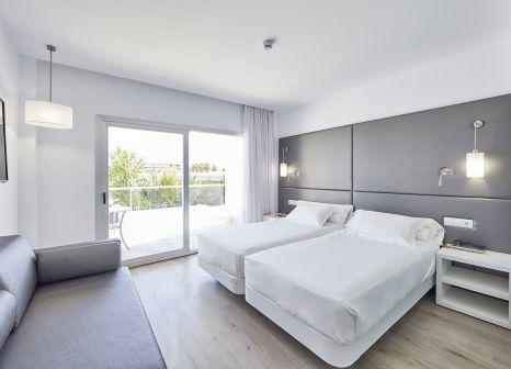 Hotelzimmer mit Minigolf im Hotel Astoria Playa