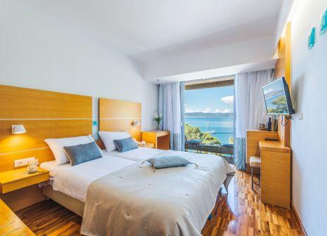 Hotelzimmer mit Volleyball im Bluesun Hotel Soline