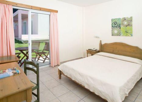 Hotelzimmer im Akamanthea Holiday Village günstig bei weg.de