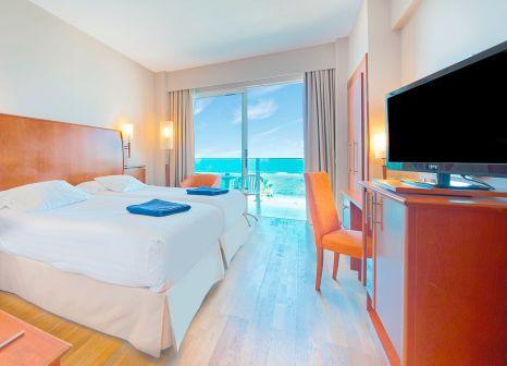 Hotelzimmer mit Golf im Bull Hotel Reina Isabel & Spa