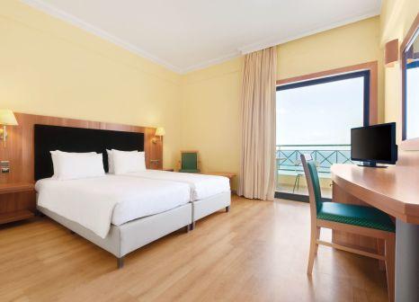 Hotelzimmer im Ramada Attica Riviera günstig bei weg.de