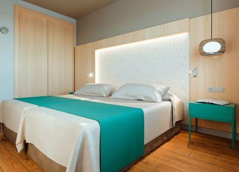 Hotelzimmer mit Golf im Universal Aparthotel Elisa