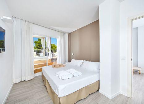 Hotelzimmer mit Volleyball im Prinsotel Alba