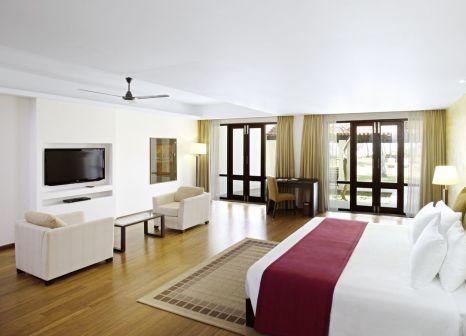 Hotelzimmer mit Volleyball im Avani Bentota Resort